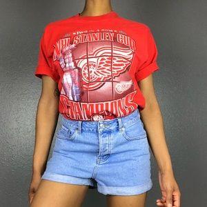 Vintage 97-98 Detroit Red Wings Stanley Cup Tee